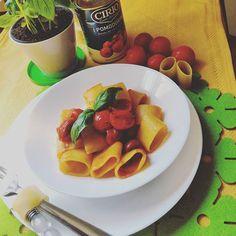 Paccheri pomodorini e basilico. Non serve dire altro....#gustoesemplicità #paccheri #gragnano #paccheridigragnano #ciriocuoreitaliano #cirio #pomodorini #basilico #mangiabene #mangiasano #mangiaitaliano #instafoodlover #instafood #ig_italy #ig_italia #ig_campania #rdd_food #ilovefood #infinity_foodlover #foodblogfeed #secucinatevoi @ciriocuoreitaliano #ricettasulblog