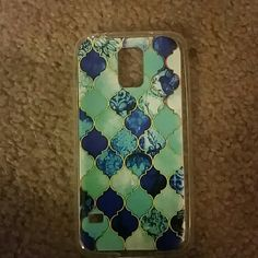 Blue stained glass Samsung galaxy s5 stretch case Super cute!! NWOT Accessories Phone Cases