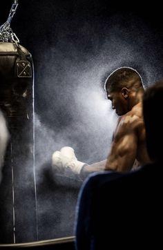 Anthony Joshua Wallpaper, Antony Joshua, Boxing Anthony Joshua, Boxe Fight, Boxe Mma, Boxer Workout, Ufc, Olympia, Star Trek Posters