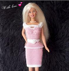 Ravelry: Barbie Pretty in pink pattern by Handmade by Ann Barbie Knitting Patterns, Barbie Clothes Patterns, Crochet Doll Dress, Crochet Barbie Clothes, Mermaid Dress Pattern, Pretty In Pink, Accessoires Barbie, American Girl Diy, Ravelry