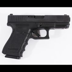 24   Jack Bauer (Kiefer Sutherland)  blank firing Glock 19 pistol