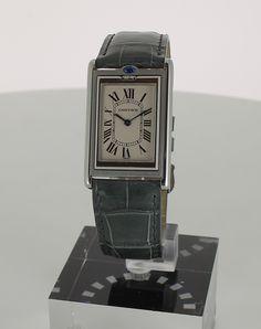 Cartier Basculante en vente sur lacparis.com #cartierbasculante #swisswatches #auctioneerlacparis.com