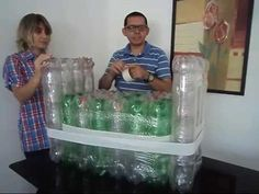 Sofá feito com 184 garrafas pet 2 lt. - YouTube