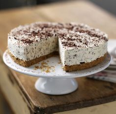 The smooth, creamy liqueur gives this celebration cheesecake the wow factor. Top with grated chocolate and a dusting of cocoa
