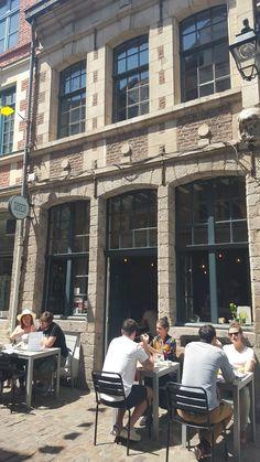 Lille: koffie encitroen merengue bij Tamper