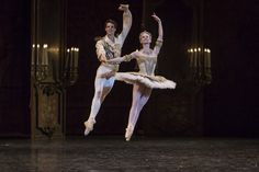 Germain Louvet and Léonore Baulac in The Nutcracker