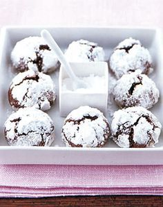 Chocolate snowball cookies -german recipe Schoko-Schnee-Kugeln - Rezepte…