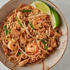 easy pad thai - glebe kitchen Asian Recipes, Healthy Recipes, Ethnic Recipes, Easy Pad Thai, Pad Thai Sauce, Sambal Oelek, Marinated Tofu, Cooking For Two, Cooking Ideas