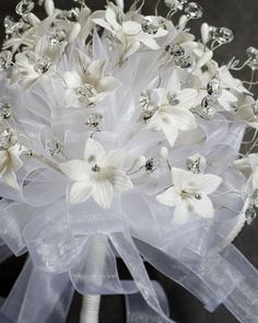 Black silver and White Flower Bouquets calla lily stephanotis | Quinceanera Flower Bouquets Crystal For Your Quince Pictures
