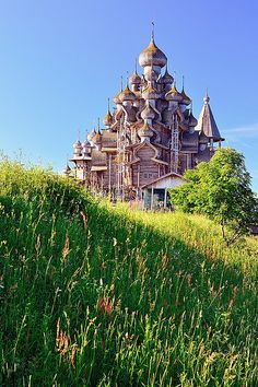 Architecture - Places of Worship - Church of the Transfiguration, Kizhi Island, Karelia, Russia Places Around The World, The Places Youll Go, Places To See, Around The Worlds, Beautiful World, Beautiful Places, Hallstatt, The Transfiguration, Russian Architecture