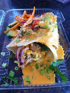 Thai Chili Chicken Crepe@ Flippin' Out Crepe Chicken Crepes, Thai Milk Tea, Crepe Recipes, Snow Cones, Recipe Inspiration, Good Enough To Eat, Chicken Chili, Thai Recipes, Food Truck