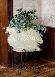 Wedding Trends Wedding Welcome Sign Wedding Signs Acrylic Wedding Sign Wedding Planning Tips, Wedding Tips, Diy Wedding, Dream Wedding, Wedding Day, Autumn Wedding, Blue Wedding, Wedding Details, Wedding Themes