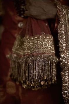 Bridal Jewelry Sabyasachi 2018 Bridal Jewellery for grooms. Zardosi Embroidery, Couture Embroidery, Indian Embroidery, Embroidery Fashion, Folk Embroidery, Embroidery Stitches, Embroidery Designs, Desi Wedding Dresses, Pakistani Wedding Outfits