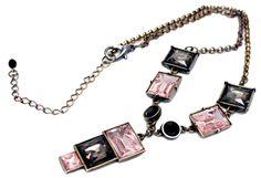 Colar com Pedrarias Light Rosê e Black Diamond  by Argolla Bijoux & Bureau  #bijoux #colar #ouroenvelhecido #pedrarias #designexclusivo #blogdemoda #fashiontrend
