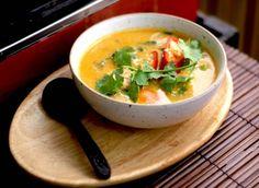 Soupe de crevette au lait de coco (tom yum goong)