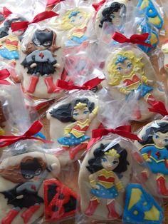 Supergirl Cookies, Superhero Girls Batgirl, Wonderwoman