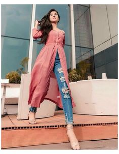 Casual Indian Fashion, Indian Fashion Dresses, Indian Designer Outfits, Dress Indian Style, Girls Fashion Clothes, Girl Outfits, Simple Kurti Designs, Kurta Designs Women, Stylish Dresses For Girls