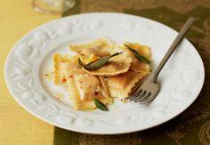 Ravioli classici di zucca saltati con salvia fresca #seriousaboutfood