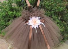 * BROWN STUNNING GIFTS GUIDE * by BIJOUX LIBELLULE on Etsy Girls Easter Dresses, Girls Pageant Dresses, Tutus For Girls, Little Girl Tutu, Little Girl Dresses, First Birthday Dresses, Dress First, Pink Tutu Dress, Tutu Dresses