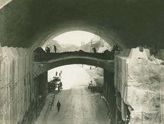 Demolishing Princes St for the Sydney Harbour bridge. Stone Arch over Argyle Street Dated: 13/08/1931