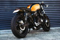 Cool Honda CB750 Brat/Cafe built by Tom from Purpose Built Moto in Australia. Built in cooperation with his friend Mitch. Check out this cool bike!