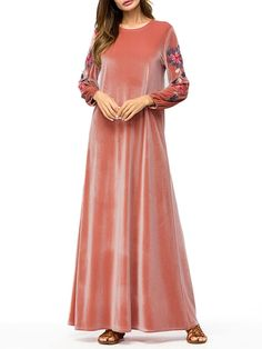 Find best long maxi dress on NewChic and show your beauty. Maxi dress with full sleeves, white floral maxi dress, v neck denim maxi dress and more maxi dresses for summer and winter are hot-sale Page Denim Maxi Dress, White Lace Maxi Dress, Maxi Wrap Dress, Maxi Dress With Sleeves, Floral Maxi Dress, Cheap Maxi Dresses, Long Dresses, Pakistani Formal Dresses, Casual Dress Outfits