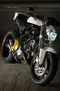 Ducati Custom Monster.