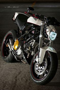 Ducati Custom Monster.