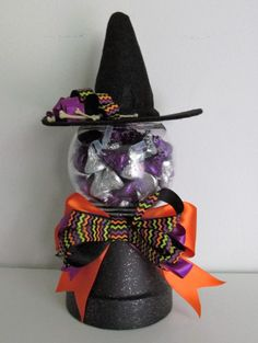 Items similar to Clay Pot Witch Inspired Candy Bowl, featuring Handmade Bows and a Witch Hat on Etsy Dulceros Halloween, Halloween Treats For Kids, Dollar Store Halloween, Halloween Decorations, Halloween Baskets, Rustic Halloween, Clay Flower Pots, Flower Pot Crafts, Clay Pot Crafts