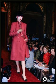France, Paris, March 31, 1980. Fashion show of Chanel women's ready-to-wear collection autumn-winter 1980-1981. Location: Hotel Intercontinental. Model: Sayoko Yamaguchi.