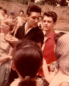 Elvis with Young fans, summer 1960 at Graceland.