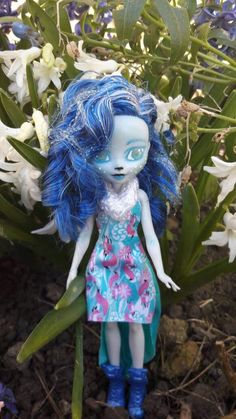 Your place to buy and sell all things handmade Ever After High, Doll Repaint, Chalk Pastels, My Etsy Shop, Buy And Sell, Dolls, Check, Gifts, Handmade