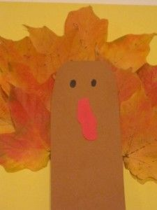 Make a fall leaf turkey in preschool (From Teach Preschool)