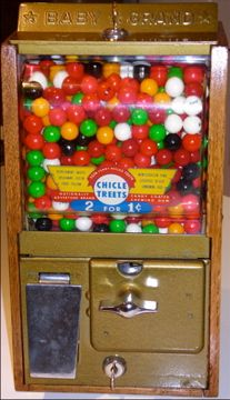 1950s Maple-Sided Gumball Machine - Retro Antiques
