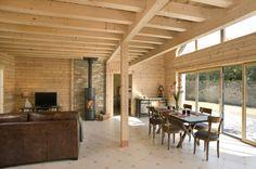 Honka Blockhaus Modell Esquibien Wohn- und Essbereich