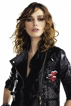 Keira Knightley Jacket Images Wallpaper, HD Celebrities Wallpapers, Images, Photos and Background Kira Knightly, Collateral Beauty, Great Mens Fashion, Jacket Images, Celebrity Wallpapers, Iconic Women, Celebs, Celebrities, Look Cool