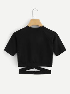 Cut Out Waist Crop TeeFor Women-romwe Best Picture For Crop Tops sweater For Your Taste You are look Girls Fashion Clothes, Teenage Girl Outfits, Teen Fashion Outfits, Teenager Outfits, Outfits For Teens, Preteen Fashion, Style Clothes, Fashion Fashion, Cute Comfy Outfits