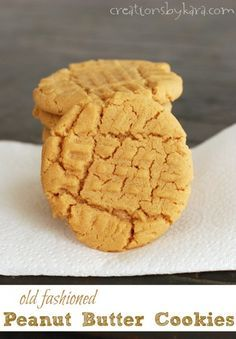 Old Fashioned Peanut Butter Cookies-- a favorite family cookie recipe! -from creationsbykara.com