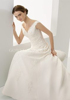 A-Line Off-the-Shoulder Floor Length Chiffon Lace Wedding Dress Style 4527