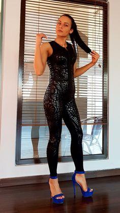 Ολόσωμη φόρμα Baya fit  θα την βρείτε στο Shop του γυμναστηρίου μας.  www.kinesis-gym.gr Kinesis-Gym γυμναστήριο στο Κιλκίς 25ης Μαρτίου 24.