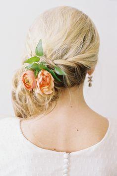 Tinge: Floral Design by Ashley Beyer Veil Hairstyles, Wedding Hairstyles With Veil, Cute Hairstyles, Flower Hairstyles, Cut My Hair, Her Hair, Bridal Hair And Makeup, Hair Makeup, Bridal Hair Inspiration