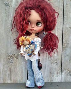 Кукла Блайз, Blythe Doll Одежда для кукол, Clothes for dolls #Блайз #КуклаБлайз #Blythe #BlytheDoll #ClothesForDolls #ОдеждаДляКукол Ooak Dolls, Blythe Dolls, Monster High Repaint, Valley Of The Dolls, Fairy Dolls, Custom Dolls, Joli, Puppets, Cute Babies