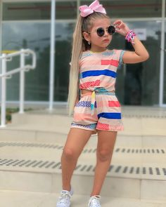 Kids Outfits Girls, Girl Outfits, Kind Mode, Poses, Kids Fashion, Children, Casual, Teen Fashion Outfits, Infant Girl Fashion