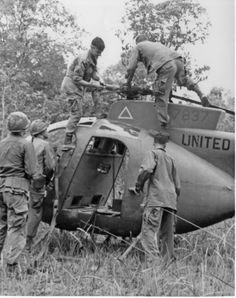 C7/17 Cav. While Joe Laehu's team salvages rotors from a downed Scout the Blues provide, security, 1968.