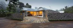 The Walls and Vaults House by LIJO.RENY.architects (29)