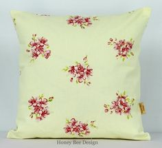 This is for one 16 inch x 16 inch Tilly Chintz double sided cushion cover. This cushion cover comes in a Tilly Chintz fabric on both sides of the cushion cover. With an invisible zip which is at the bottom of the cushion cover, This give a stylish fini. Cushion Pads, Cushion Covers, Cream Pillows, Throw Pillows, Bee Design, Design Shop, Etsy Handmade, Handmade Items, Clarke And Clarke Fabric