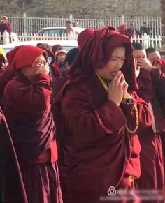 Sign the petition: join the more than 150,000 people who have already called on the United Nations to Stand With Larung Gar. This petition will be delivered to the UN High Commission for Human Rights shortly. (Our grateful thanks if you have already signed.)