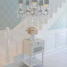 Shabby and Charme: Un appartamento very shabby chic                                                                                                                                                      More