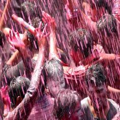 मध्य प्रदेश में रंगपंचमी का पर्व मंगलवार को धूमधाम से