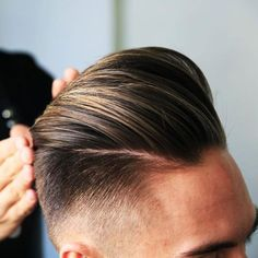 The modern pompadour offers a cool twist on a classic hairstyle. As one of the most versatile and stylish haircuts for men in learning how to style a po Mens Haircuts Pompadour, Mens Hairstyles With Beard, Pompadour Hairstyle, Haircuts For Men, 2018 Haircuts, Undercut Pompadour, Smart Hairstyles, Stylish Haircuts, Classic Hairstyles